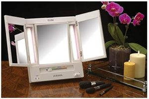 Jerdon Tri-Fold Two-Sided Lighted Makeup Mirror | Best lighted makeup mirror